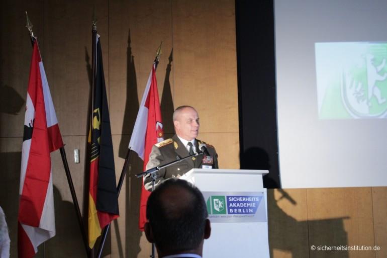 SIB Generalleutnant Petr M. Kalinin